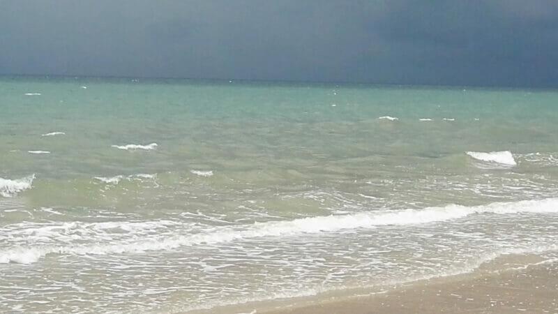 เที่ยวจันทบุรี เที่ยวเพลินๆ เดินชิวๆ ชุ่มช่ำด้วยฝนที่โปรยปราย (ตอนแรก)