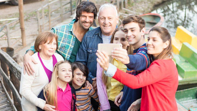ตั้งค่ามือถือใหม่ สำหรับผู้สูงอายุ ลูกหลานท่องไว้ให้ขึ้นใจ