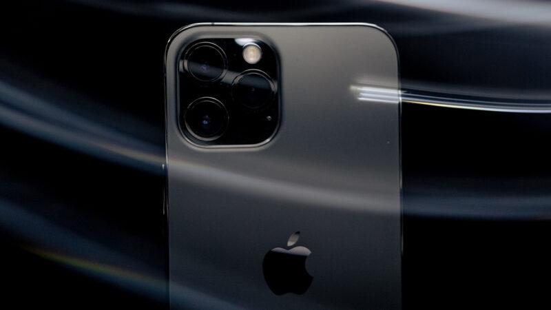 iPhone ตกน้ำทำไง วิธีจัดการเบื้องต้นที่ทุกคนควรรู้